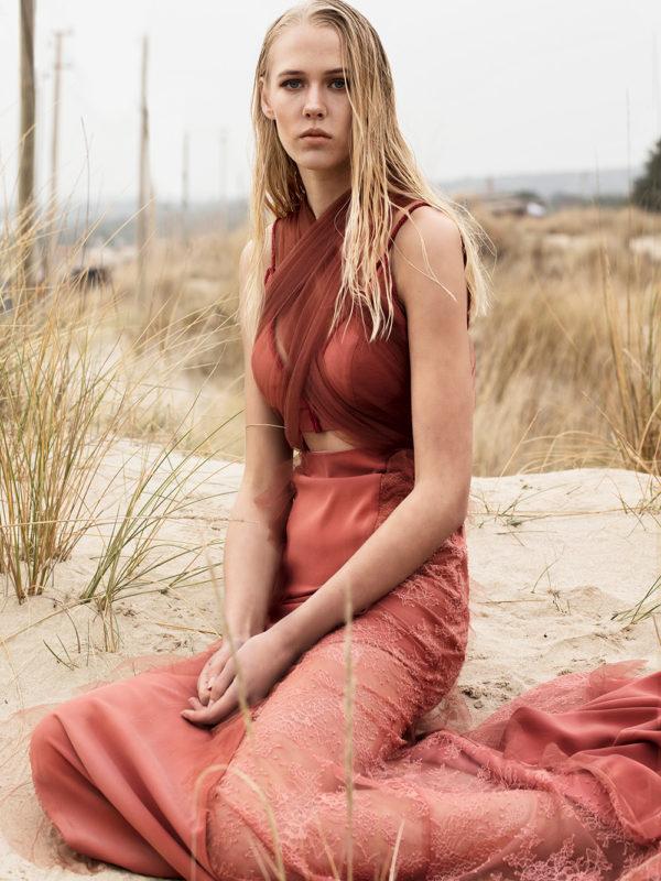 Deniz Kızı Formlu Tasarım Gece Kıyafeti